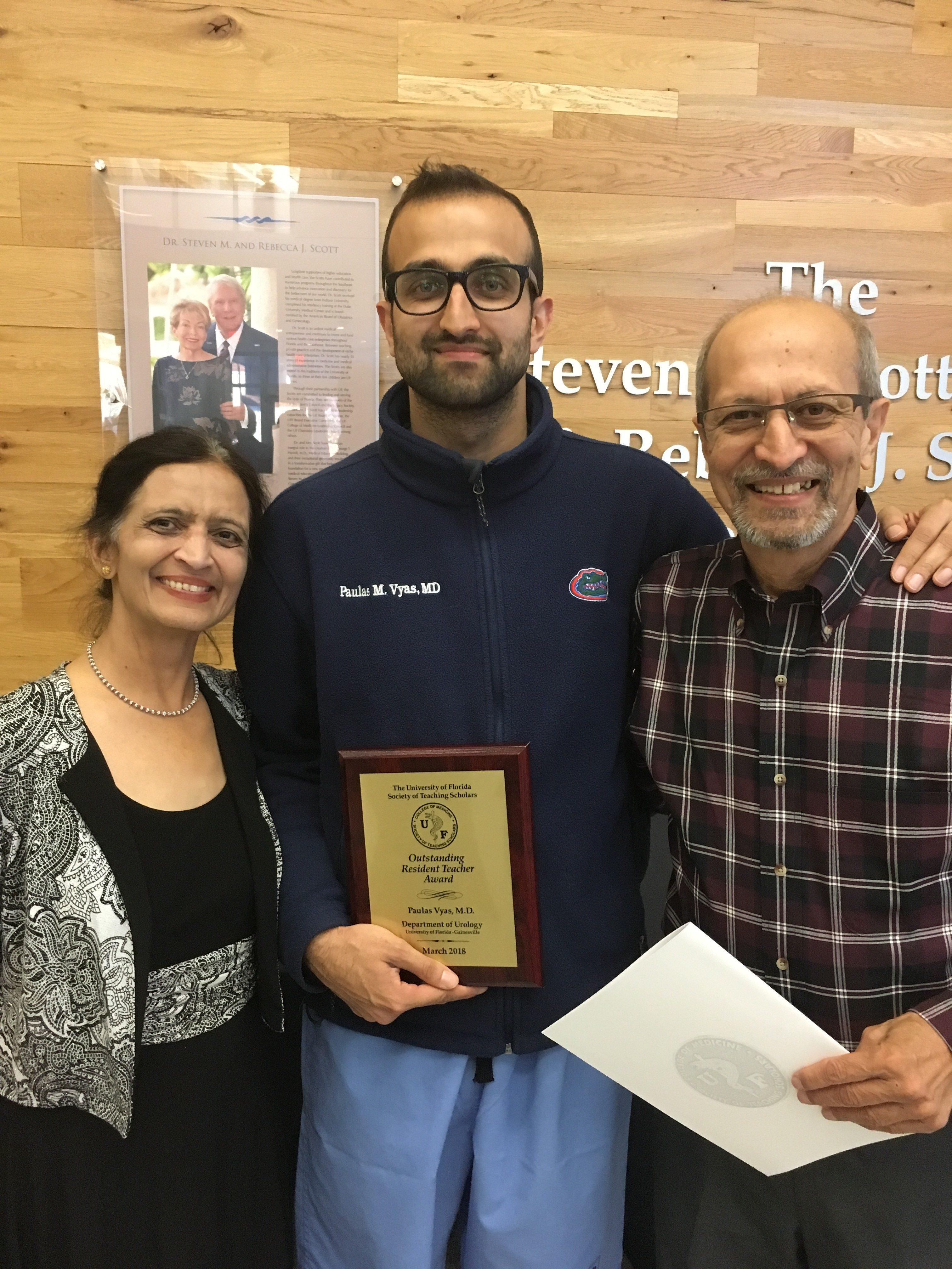 dr vyuas and parents