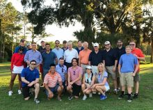 group picutre of everyone that attended the golf outing