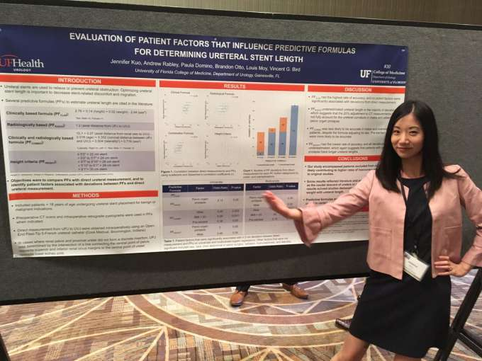 dr kuo with her poster at the sesaua